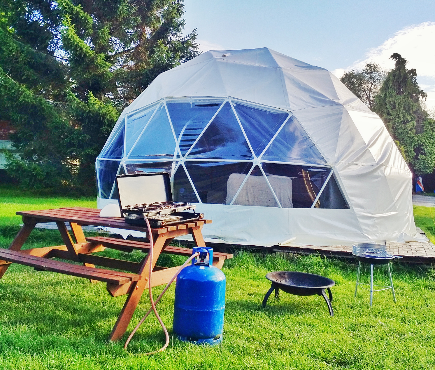 Glamping Dome in Dorset