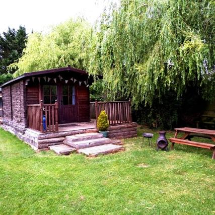Glamping holiday lodge dche